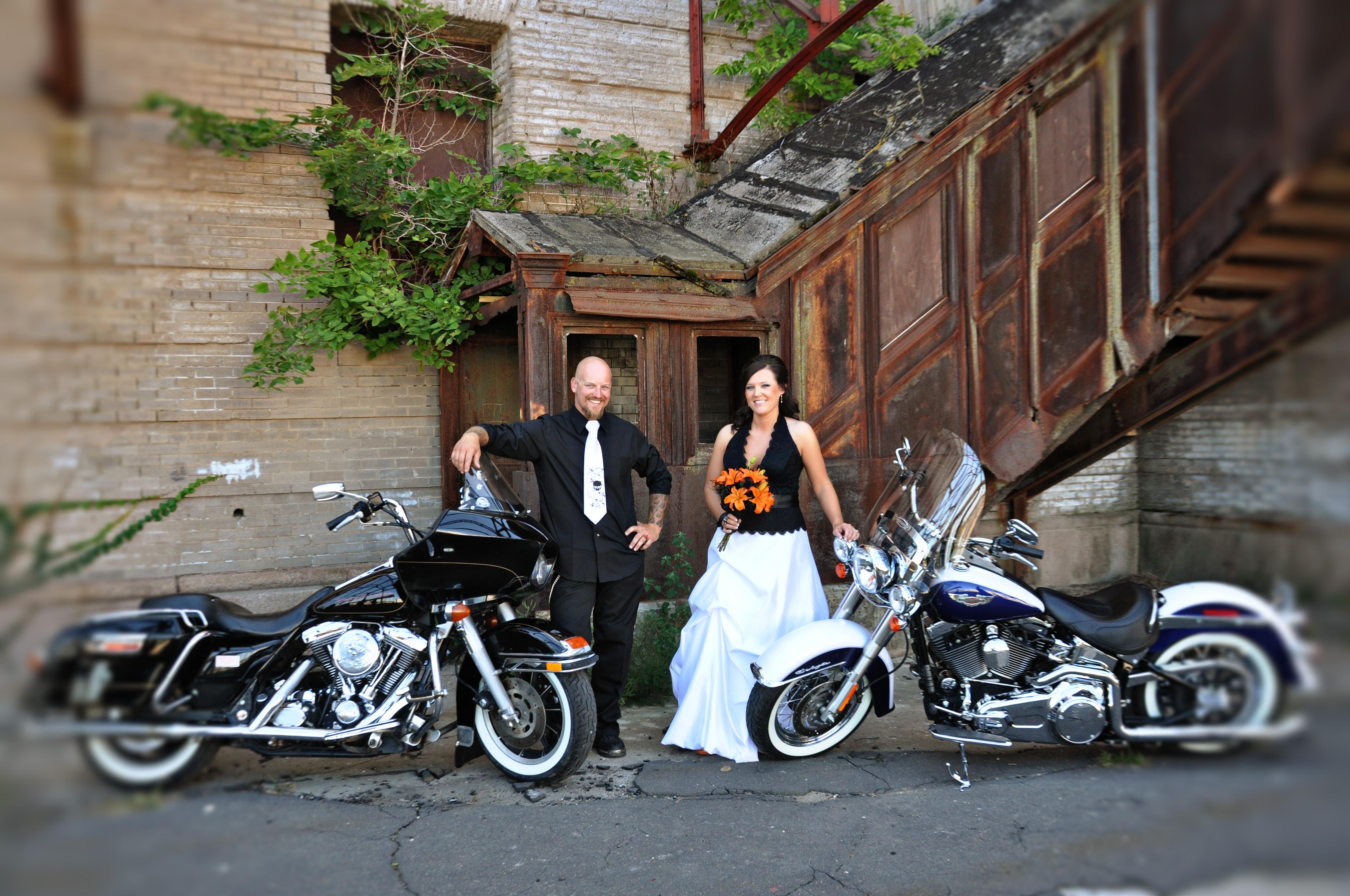 Harley Davidson Wedding: Our Harley-Davidson Wedding- Part 1